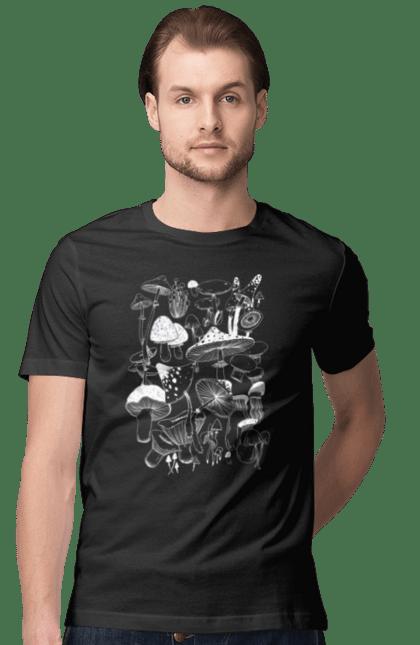 Футболка чоловіча з принтом Білі Гриби. Гриб, гриби, грибник, мухомор, осінь. CustomPrint.market