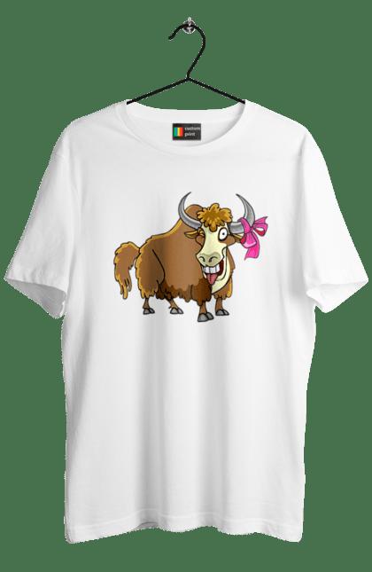Футболка чоловіча з принтом Бик З Бантиком Показує Язика. Бант, бик, язик. CustomPrint.market