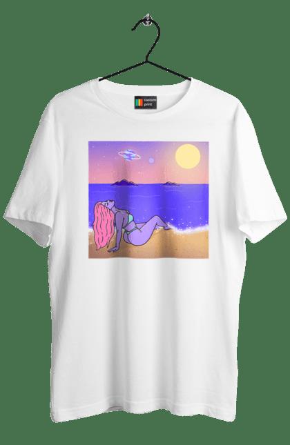Інопланетянка  Відпочиває На Морі