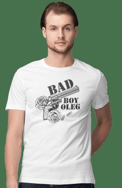 Футболка чоловіча з принтом Олег. Олег, пістолет, хлопець. BlackLine