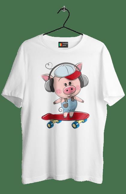 Футболка чоловіча з принтом Свинка На Скейті. Навушники, свинка, скейт.