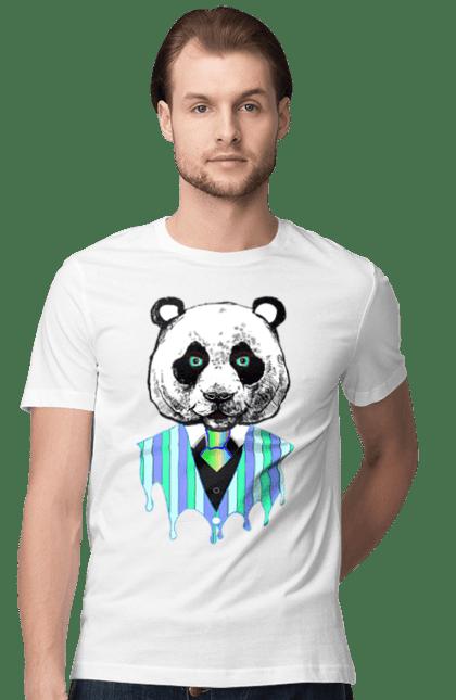 Футболка чоловіча з принтом Панда Тече. Панда, смокінг, фарби.