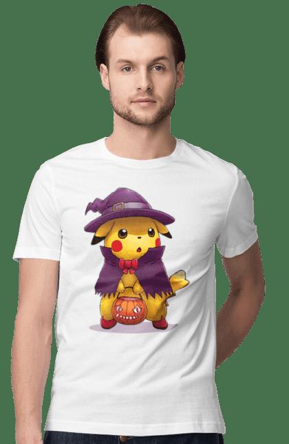Футболка чоловіча з принтом Пікачу в капелюсі, Хеллоуїн. Капелюх, пікачу, покемон, хеллоуїн, цукерки. BlackLine