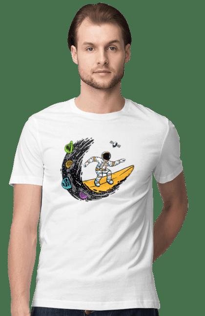 Космонавт На Хвилі