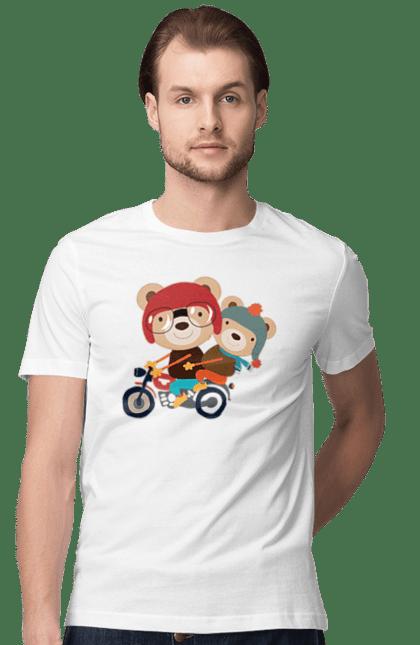 Футболка чоловіча з принтом Ведмеді на мопеді. Ведмеді, їздити, медвеженок, мопед. Sector
