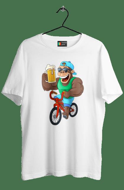 Футболка чоловіча з принтом Мавпа З Пивом На Велосипеді. Велосипед, мавпа, пиво. CustomPrint.market
