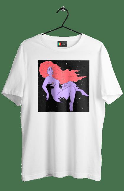 Футболка чоловіча з принтом Фіолетова Дівчина В Чорній Дирі. 18+, дівчина, лапають. CustomPrint.market