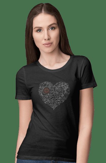 Футболка жіноча з принтом Серце Візерункове З Квітів. Візерунок, квітка, серце. BlackLine