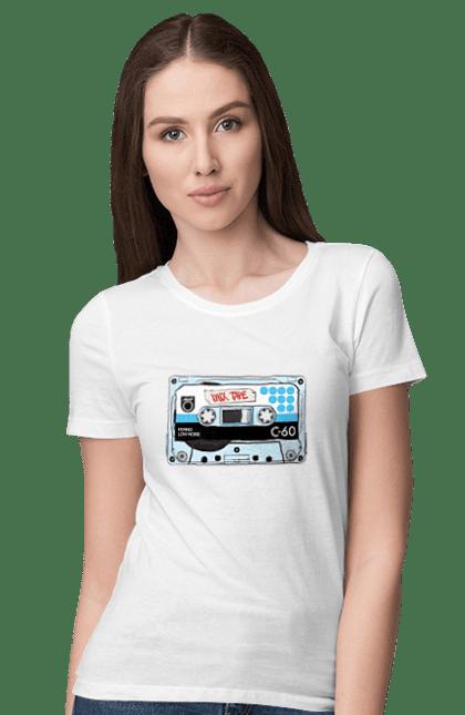 Футболка жіноча з принтом Блакитна Касета Для Програвання. 90е, касета, музика. BlackLine