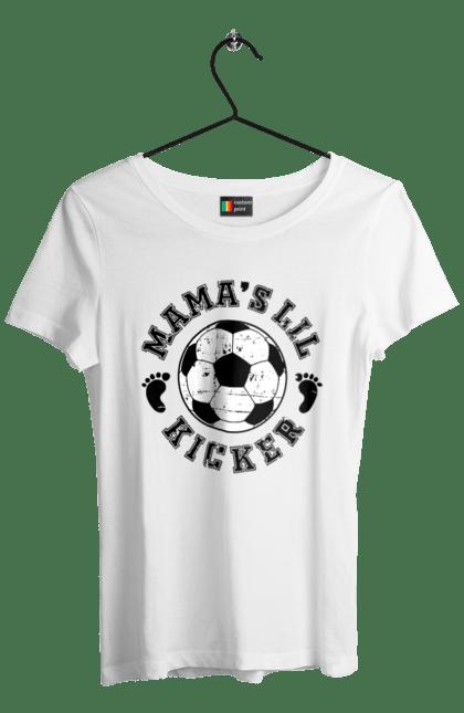 Мама маленького футболіста