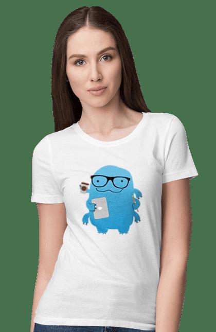 Футболка жіноча з принтом Програміст У Справах. День програміста, комп'ютер, програма, програміст. BlackLine