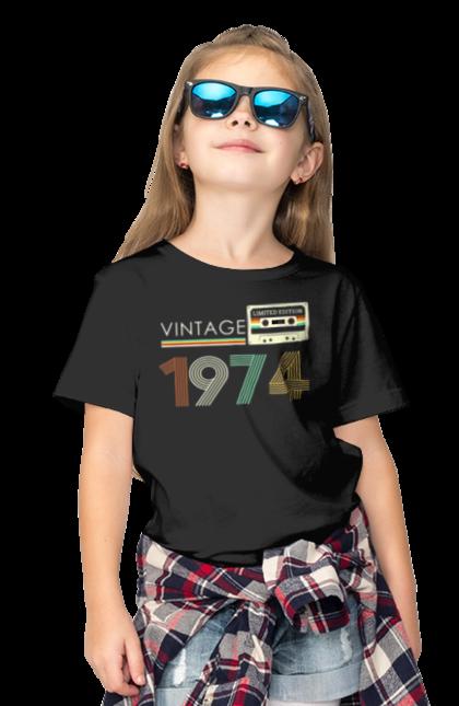 Футболка дитяча з принтом Вінтаж 1974. 1974, 70е, вінтаж, касета, ретро. CustomPrint.market