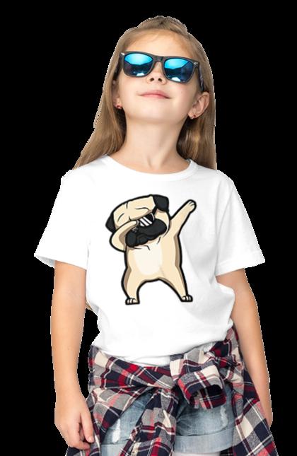 Футболка дитяча з принтом Мопс деб. Деб, мопс, окуляри, собака, собачка. BlackLine